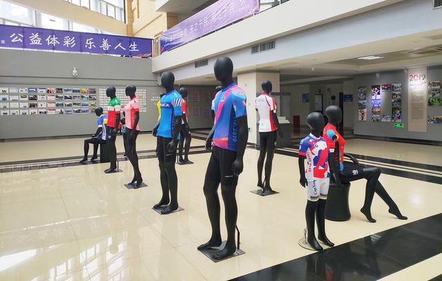 凤凰山山地自行车挑战赛十周年成果展在宝安福永拉开帷幕