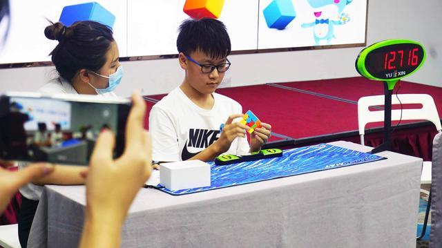 掌上功夫,玩转指尖艺术——中脑·儿童魔方才艺赛精彩回顾