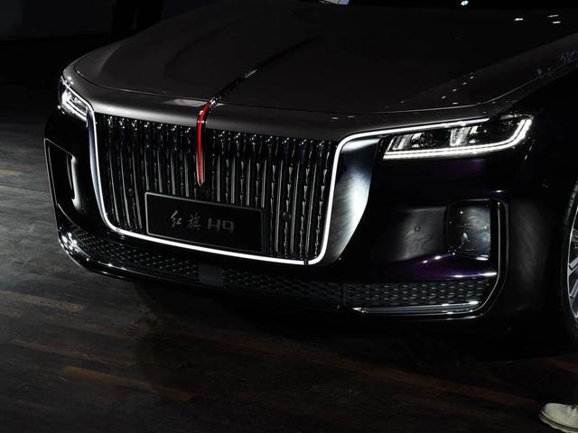 汽车行业神仙打架,自主品牌加快前进,智能化和硬件设施两手抓