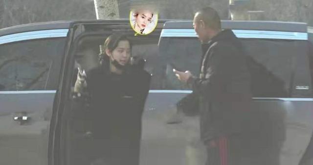 欧阳娜娜现身售楼处,欲在北京购千万豪宅,疑坐实与陈飞宇的恋情