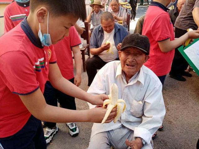 裴桥镇:孝善基金会让精准扶贫更暖心