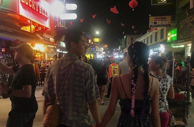 林小宅被曝与梁继远亲密合多照后,公开承认恋情但否认出轨且已分手