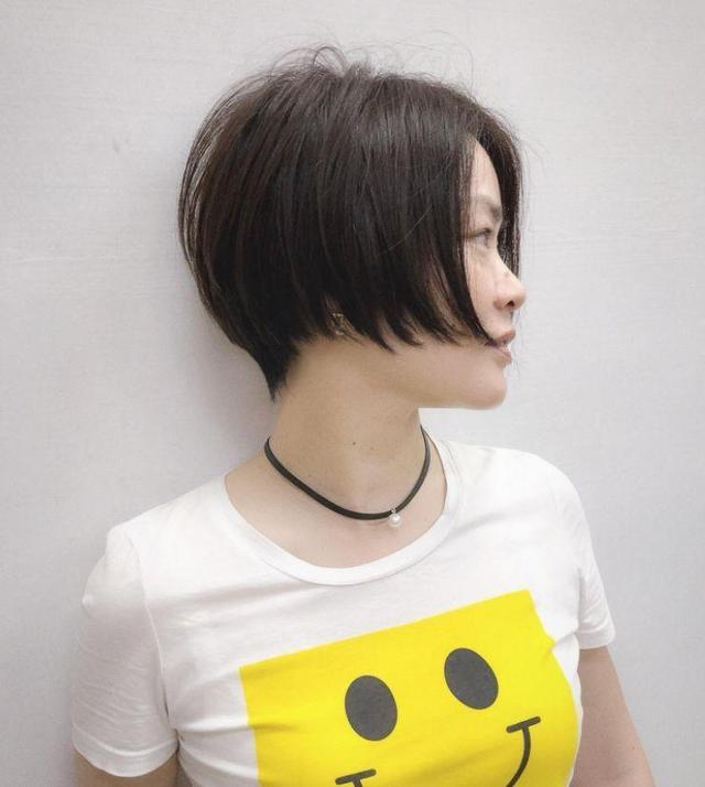 沙宣头短发发型图片 厚实发丝浓郁自然不失蓬松感_手机枫网