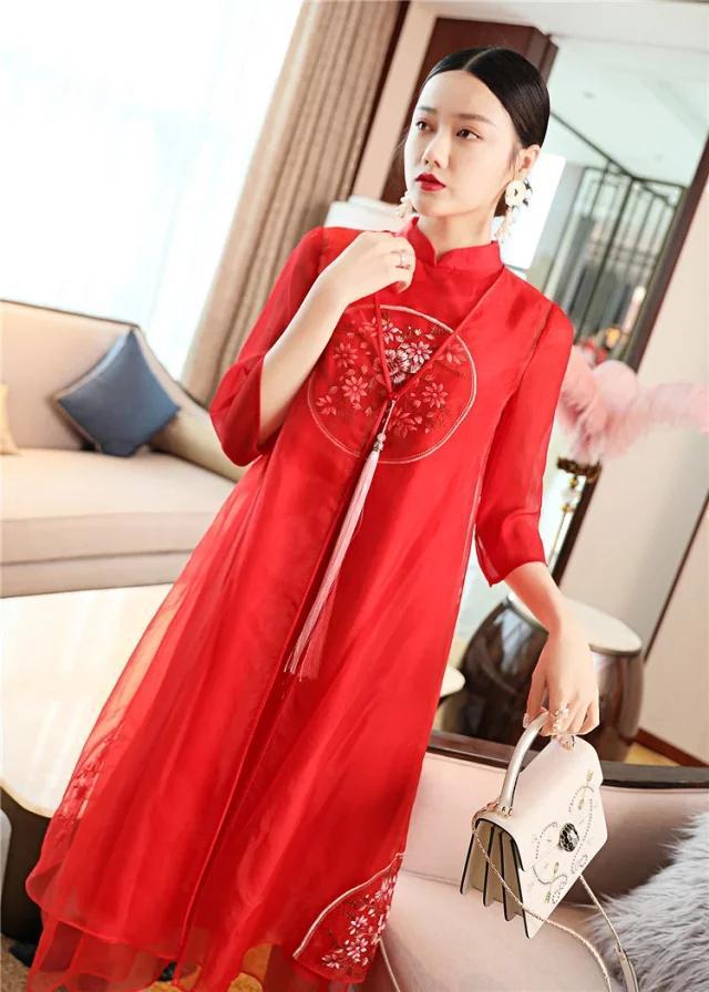 适合30到60岁的复古改良版旗袍,欧根纱绣花设计,古典又大气
