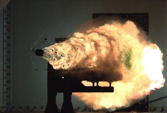 解放军陆军学院开发出电磁枪!装备部队要解决这三个问题
