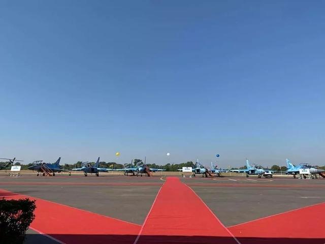 缅甸一载116人军用飞机失联 搜救工作仍在进行中