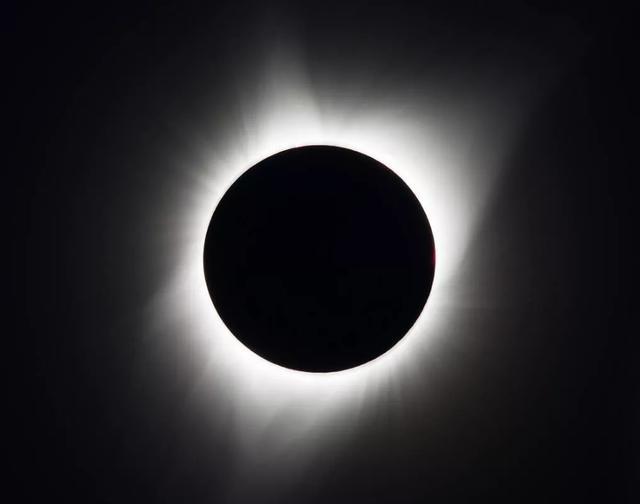 如何从世界任何地方观看7月2日的日食