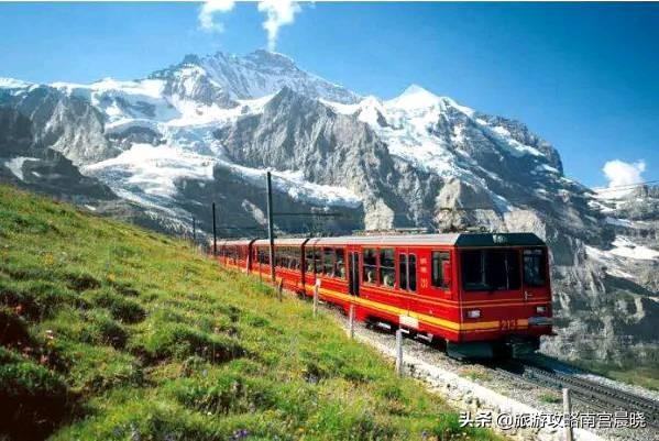 国内这些地方可以坐火车去国外啦,沿途风景太美了!