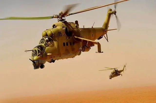 为了帮助中国, 将战机拆成20吨零部件, 全部无偿赠送我们