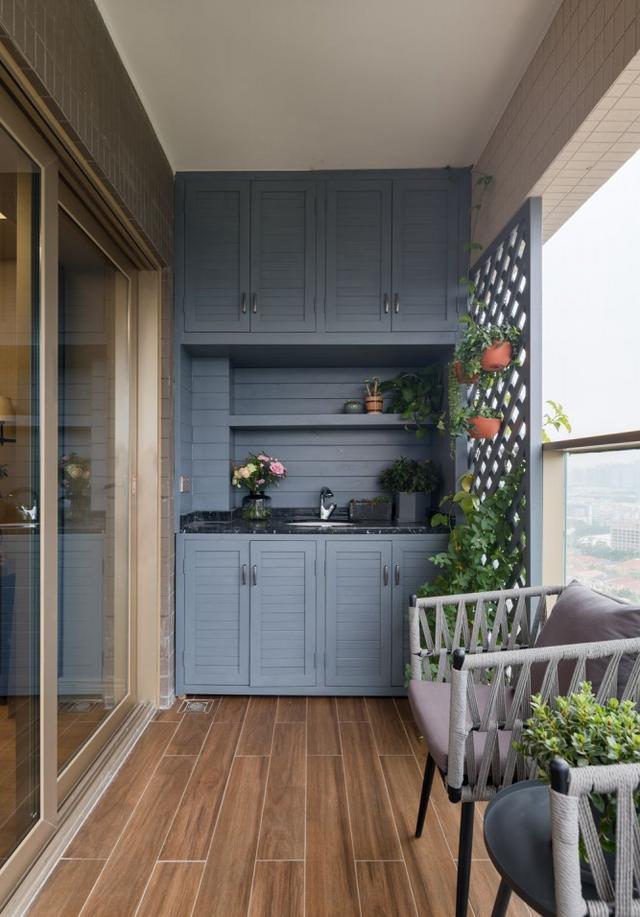 一进门就喜欢上了,这样的家知性而优雅,简洁又迷人,忍不住晒晒
