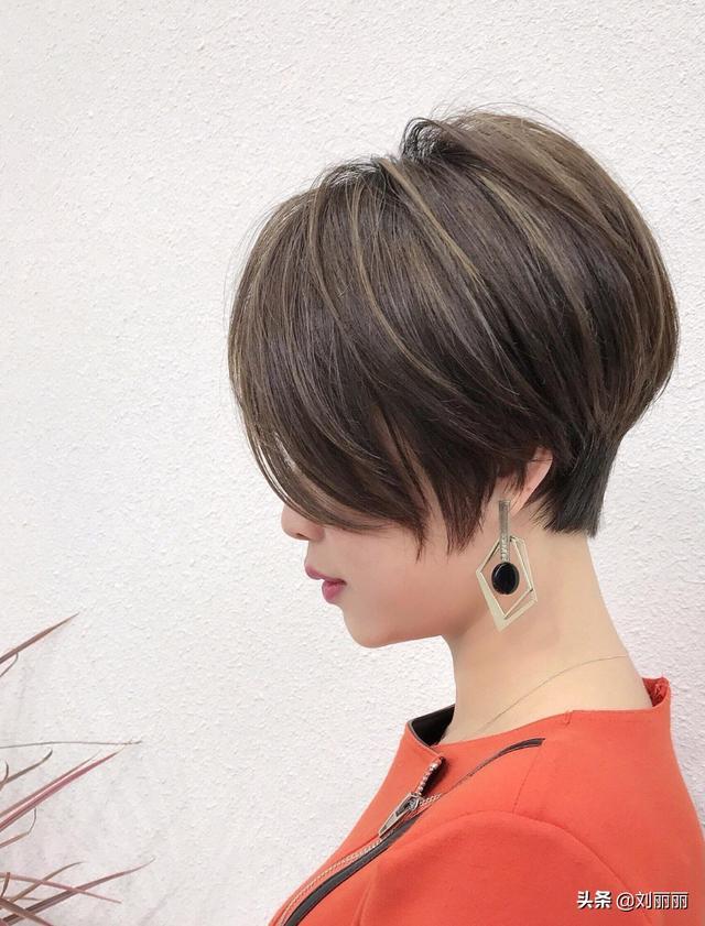 精选流行发型25款,只是看看就很美,洋气时尚最满意