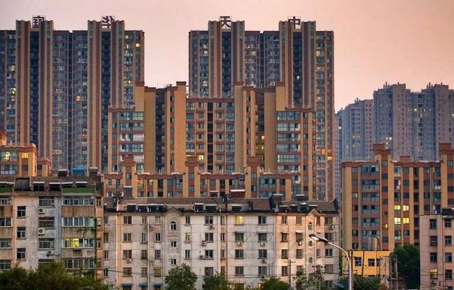 天噜啦,竟然有122万元人民币每平方米的房子