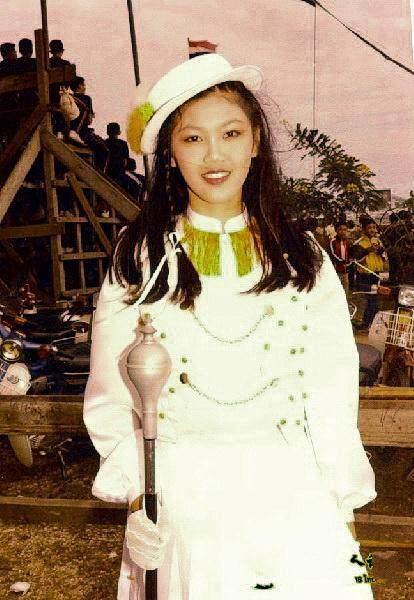 看到英拉这6张年轻时的照片,我只想说:真美