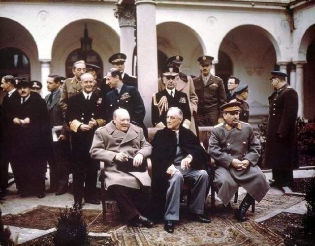 雅尔塔会议是什么原因让丘吉尔宁愿牺牲波兰也要保全德国
