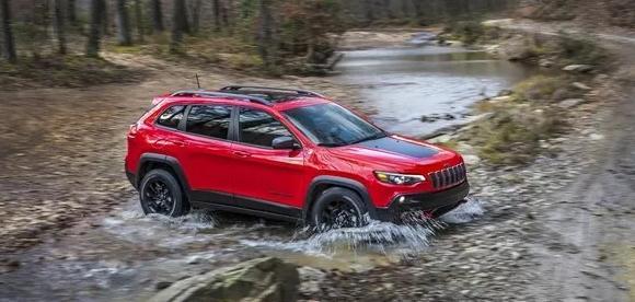 jeep自由光皮带示意图