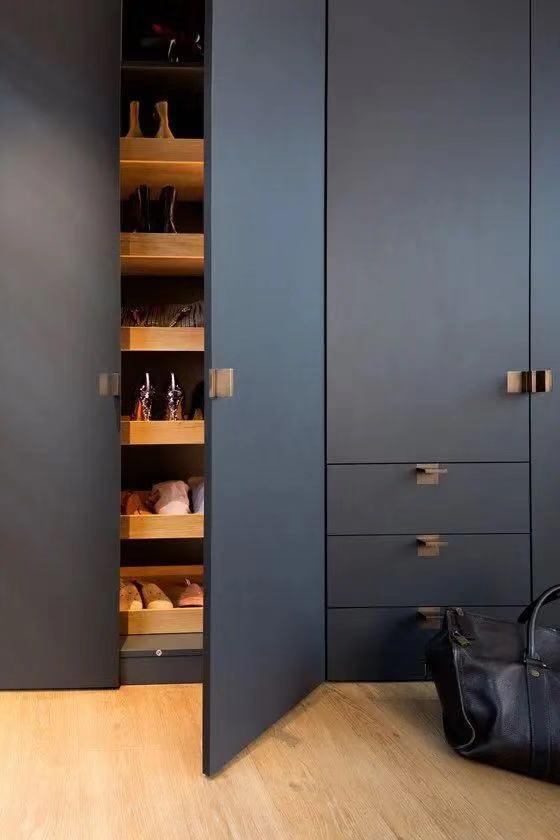 9种玄关鞋柜设计,有颜值更实用,一进门就把人吸引住,值得参考