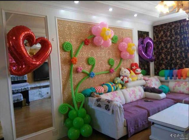 节日用气球布置生日宴会,那也少不了婚庆气球