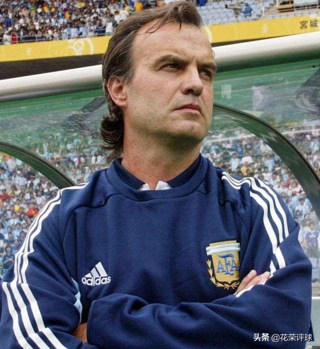 3313的忠实信徒,他是天才还是疯子?瓜迪奥拉:他是世界最佳教练