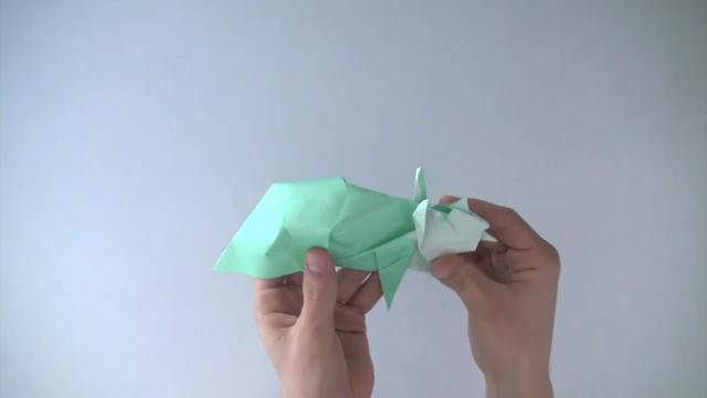 人民币折纸龙