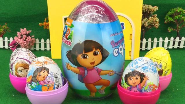 出奇蛋妈妈拆玩具蛋