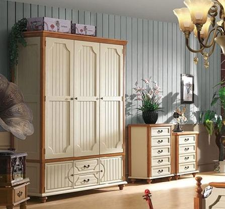 實用與顏值缺一不可 8款實木衣櫃推薦