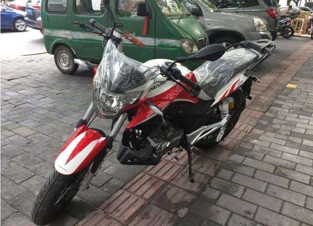 宗申.比亞喬T100-8摩托车前左轉向燈配件哪有賣的