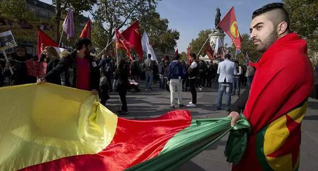 伊朗也有400万库尔德人,为何从来不闹事?主要原因有三点