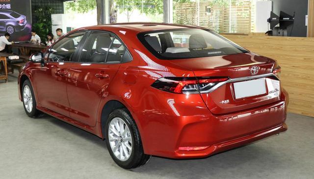 再过6天,丰田全新紧凑型轿车上市,厚道超轩逸,全系独悬,12w起