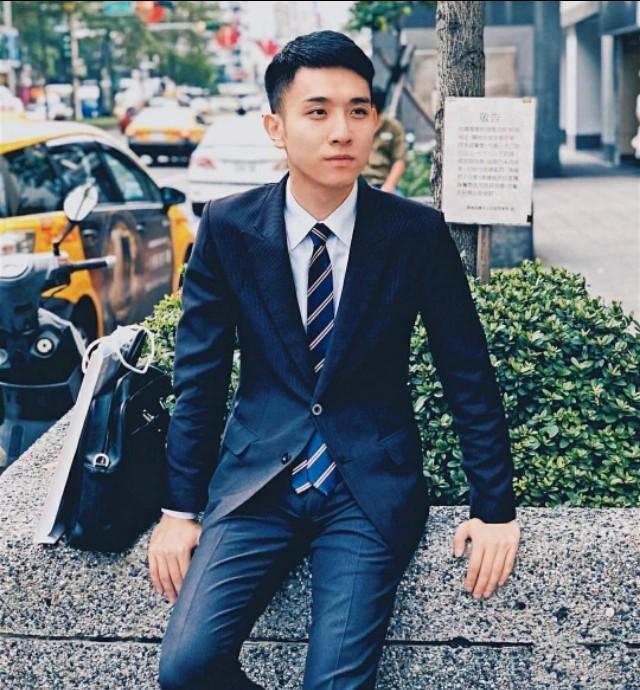 正装西裤帅男