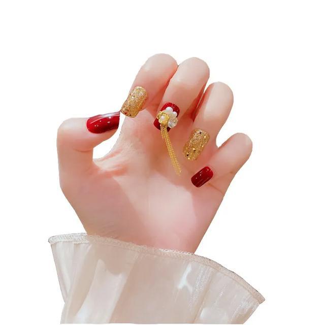 适合结婚穿秀和出门的指甲,每一款都爱了
