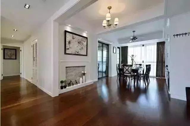 130平美式装修风,沙发背景墙这样做,客厅看上去特别美