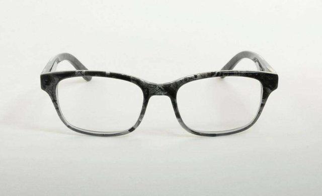 如何开家眼镜店