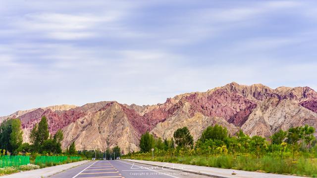 国内最神奇的山脉,一座山竟然有七种颜色,曾上过国家地理封面