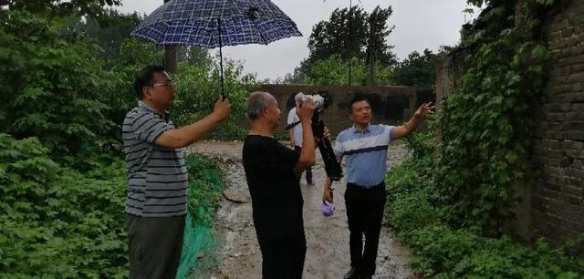 徐州尋訪古村落活動走進拾家大院