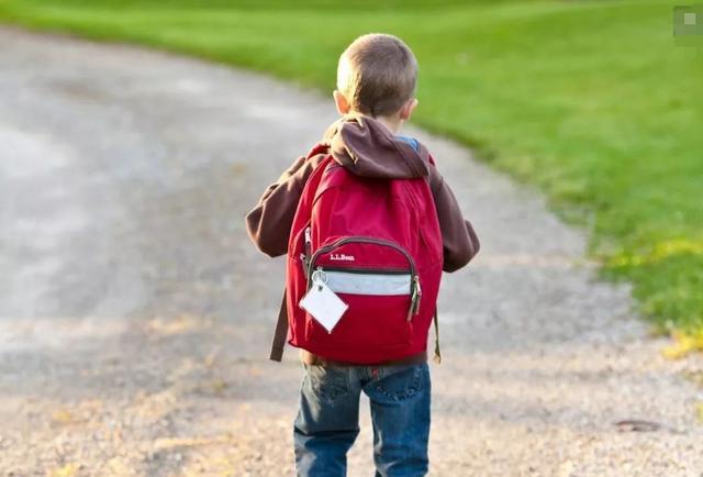 如果你是家长,请不要把孩子养得太出色,当老了才知教育的真相