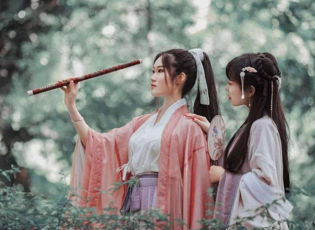 从汉乐府诗中,看汉代女子服饰之美丽,难怪现在很... _网易新闻