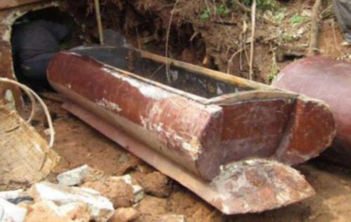 千年古墓干尸图片