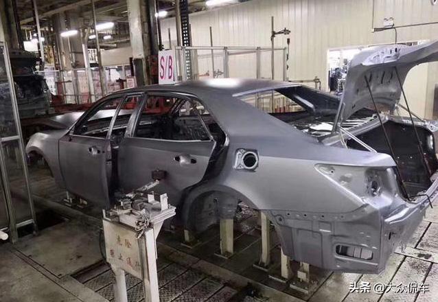 一代神车终落幕 丰田皇冠正式停产