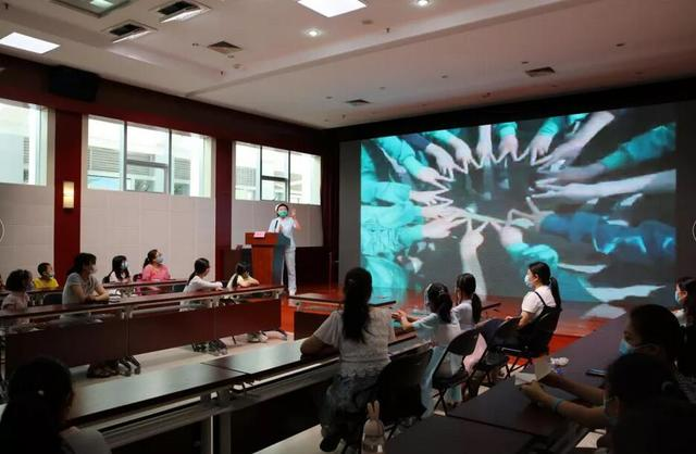 制香囊、包粽子,听郑州市九院抗疫英雄讲故事