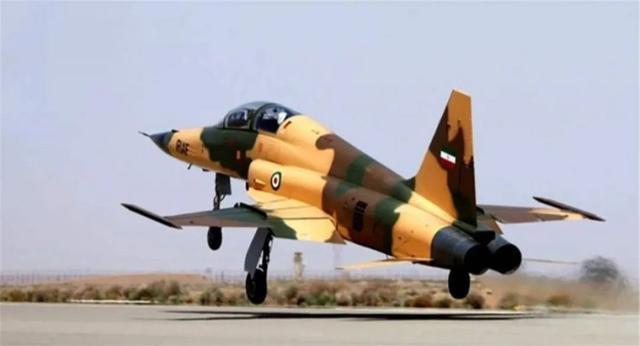真的不怕制裁!伊朗空军列装国产战机,全球能办到的国家不超十个