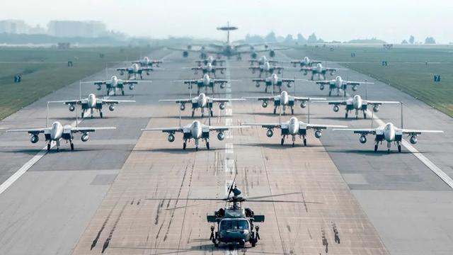 """形势严峻!美军卷土重来""""杀""""回中国周边,这次明显感觉不一样"""