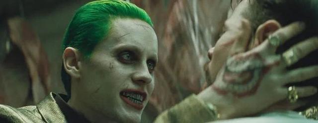 自杀小队小丑手机壁纸