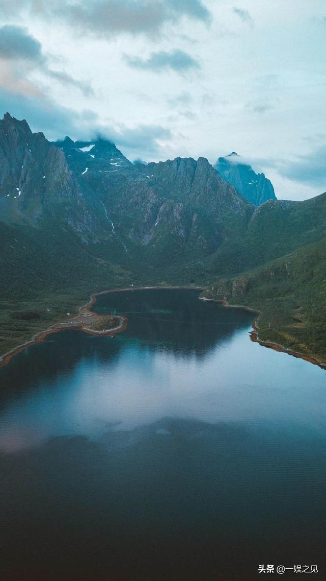 美丽的自然山水风景壁纸_绝美的大自然美景_风景壁纸_