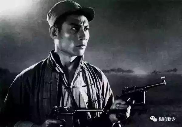 """一路走好!""""双枪李向阳""""原型、战斗英雄郭兴逝世"""