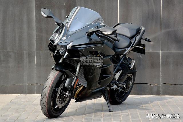 四缸机械增压,川崎 Z H2 摩托车 - 米兰车展特别报道