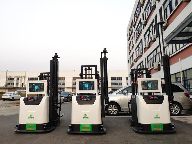 搬运机器人已是物流、电商等仓储企业标配