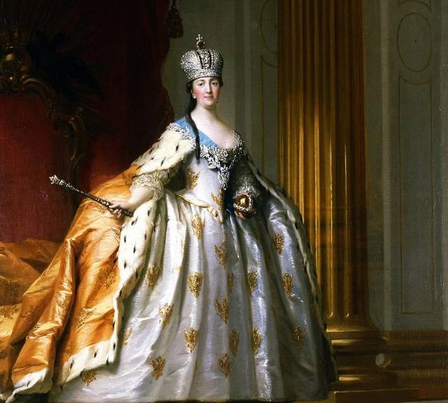 俄罗斯的皇冠大不同,一赏俄式珠宝的别样风采