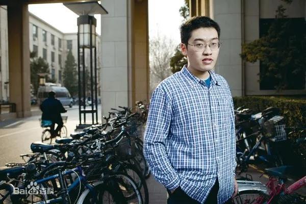 厉害!国内大学生计算机编程第一人,一人挑战一个队,他是谁?
