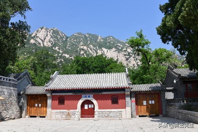 春游凤凰岭《龙泉寺》--当今盛传于世的高科技寺庙