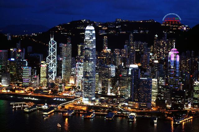 以前的香港和现在的香港(真是各有特色)